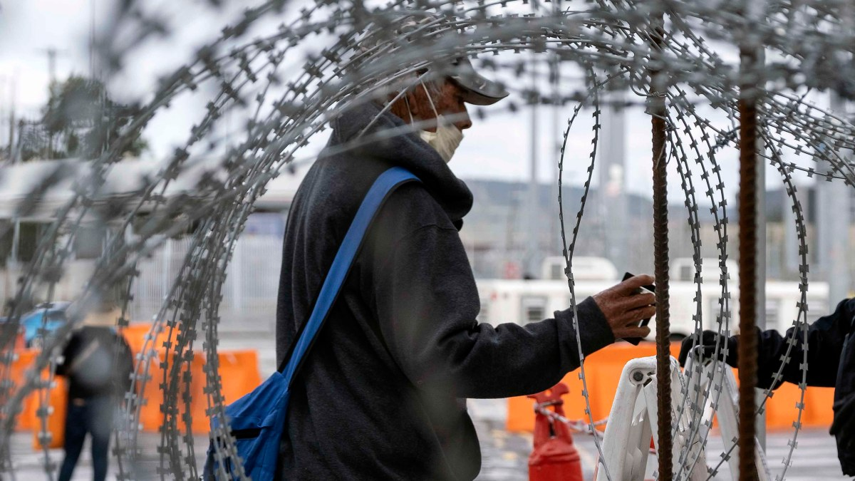 Mexican Officials Look to Extend Partial Closure of US-Mexico Border Until August
