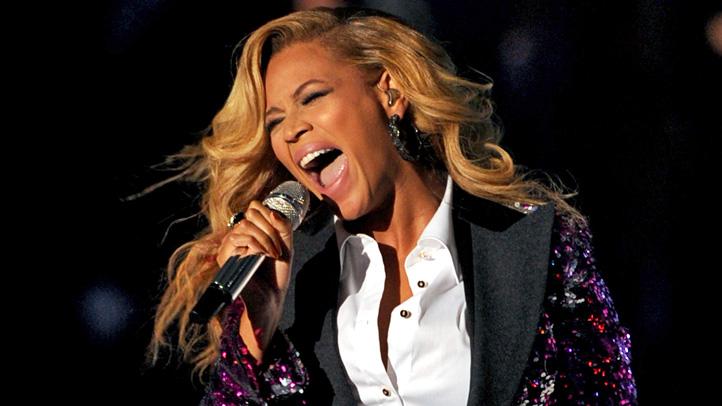 Beyonce VMA performance