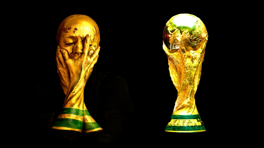 world cup selfie and real trophy