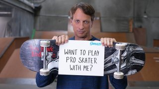 Online fundraising platform Omaze and professional skateboarder Tony Hawk are teaming up for a sweepstakes to offer one lucky winner and a guest a memorable meeting.