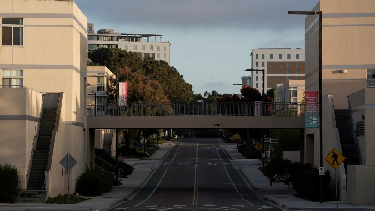 UC San Diego's Fall 2020 Quarter Begins; University Adopts Measures to Prevent Spread of Virus