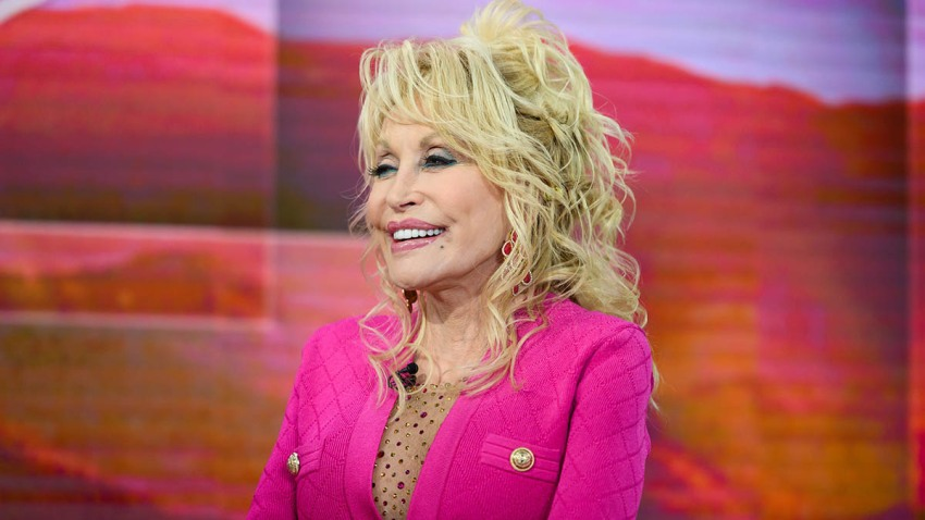 Dolly Parton on the set of TODAY, Nov. 20, 2019.