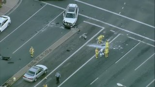 Chemical spill in Santee following crash