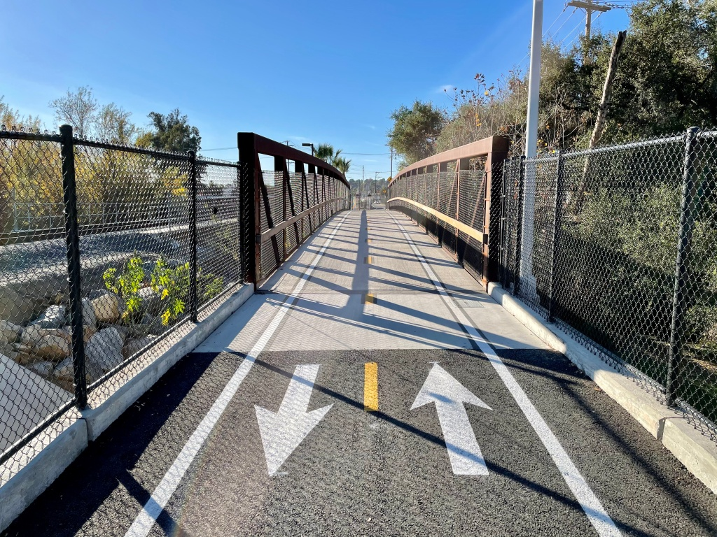 An image of a portion of the Inland Rail Trail in Vista.