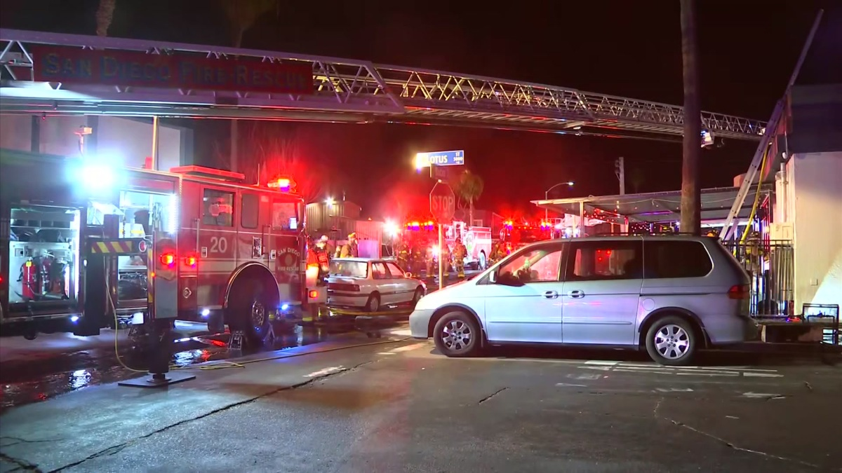SDFD Responding to Building Fire in Ocean Beach