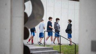 school children wear facemasks Texas