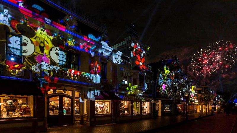 Disneyland's Famous Fireworks Will Soon Sparkle Again