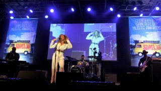 R&B chanteuse Brisa Lauren performing Tuesday at Humphrey's By the Bay