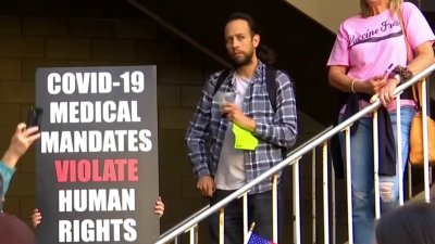 San Diegans Rally Against Looming Vaccine Mandates for City Employees