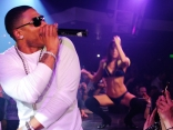 Nelly Gets Hot at Fluxx