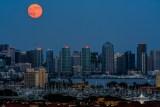 San Diegans Report Mystery 'Streak' in Sky