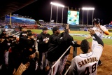 Giants Win, Take 1-0 Lead Over Royals in World Series