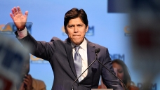 Snubbing Feinstein, Calif. Democratic Party Endorses De Leon