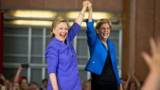 Hillary Clinton, Elizabeth Warren Campaign in NH