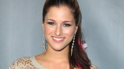 Cassadee Pope is Having A Blast On