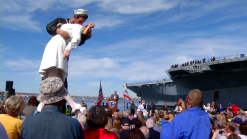 """Kissing Statue"" Returns to San Diego Bay"