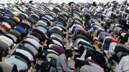 New Zealand Prays Together 1 Week After Mosque Attacks
