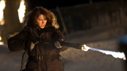 "Review: ""The Thing"" is a Good Old-Fashioned Monster Thriller"