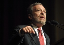 Robert Reich Defends Apple
