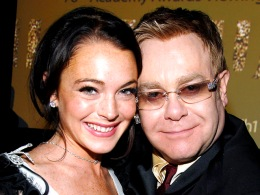 Elton John: Lindsay Lohan Needs to Ditch Her Family