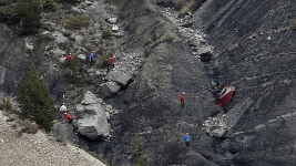 Co-Pilot Intentionally Crashed Plane: Prosecutor