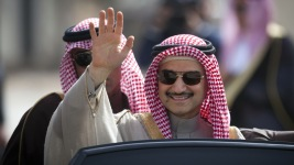 Saudi Billionaire Prince Doubles Ownership of Twitter Stock