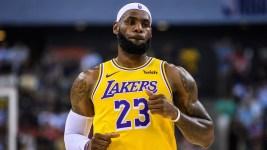 LeBron: Rockets' Morey 'Wasn't Educated' on China Tweet