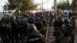 Migrants Clash With Police on Macedonia Border
