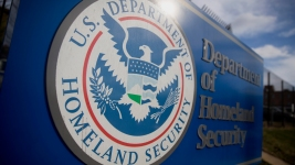 U.S. Government Deports Fewest Immigrants in Nearly a Decade