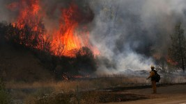 13,000 in California Urged to Flee Wildfires