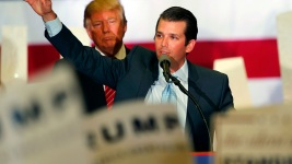 Trump Jr. Avoids Questions About Conversations With Dad