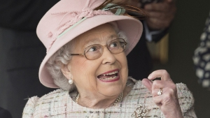Queen Elizabeth II Turns 91 With Day at the Races