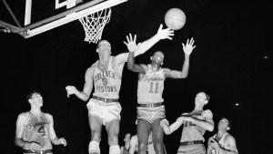 Earl Lloyd, First Black NBC Player, Dies at 86