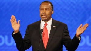 Ben Carson Stands in the Wings as GOP Debate Starts