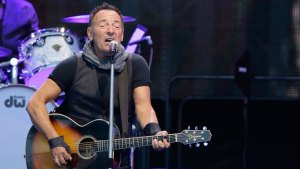 Bruce Springsteen Stops Concert for Marriage Proposal