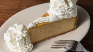 New Cheesecake Factory Opens in Carlsbad