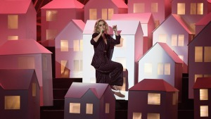 Katy Perry's Falling House Backup Dancer Goes Viral
