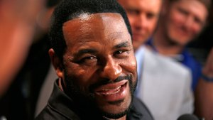 Bettis, Seau Lead Eclectic NFL Hall of Fame Class