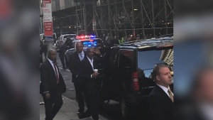 Obama Draws Crowd in New York