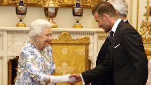 David Beckham, Queen Have Royal Reunion at Buckingham Palace