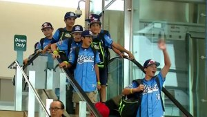 Boys from Bonita Arrive Home to Celebrate