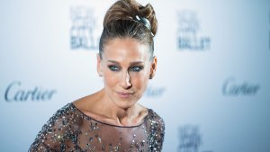 Sarah Jessica Parker Cuts Ties With EpiPen After Price Hike