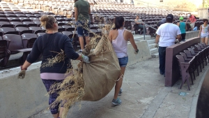 Group Cleans Up Run Down Starlight Bowl in Balboa Park