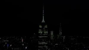 Empire State Building Dims for Earth Hour