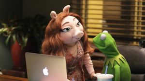 Kermit the Frog Steps Out With New Girlfriend