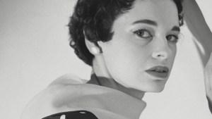 Socialite and Designer Gloria Vanderbilt Dies at 95