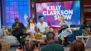 The Gang's All Here: Clarkson Hosts 'American Idol' Reunion