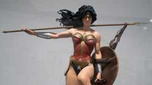 'Wonder Woman' Writer Reveals Character Is Gay