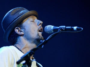 Jason Mraz Available Again