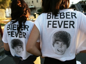 Bieber Fever Returns to San Diego
